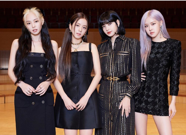 BLACKPINK with French Fashion